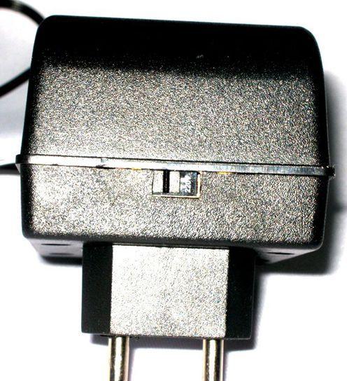 Fonte para Teclado Roland - 9VDC 1 a - Compativel AO ACI-120 - ADTEC-RO91C