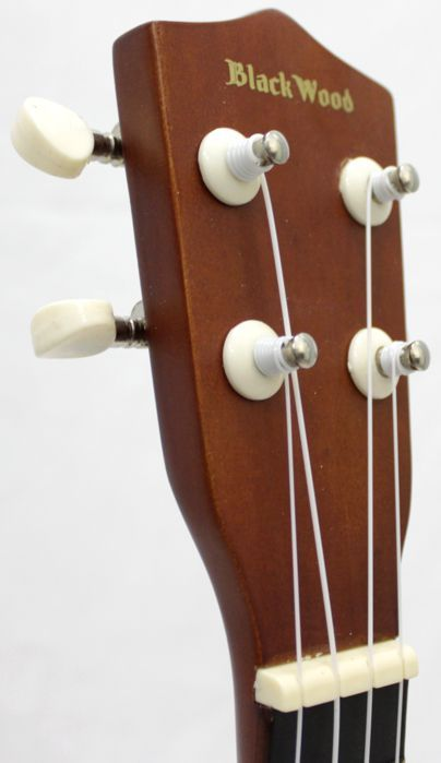 Ukulele Soprano BLACK Wood XUT21 Austin 4 Cordas NYLON