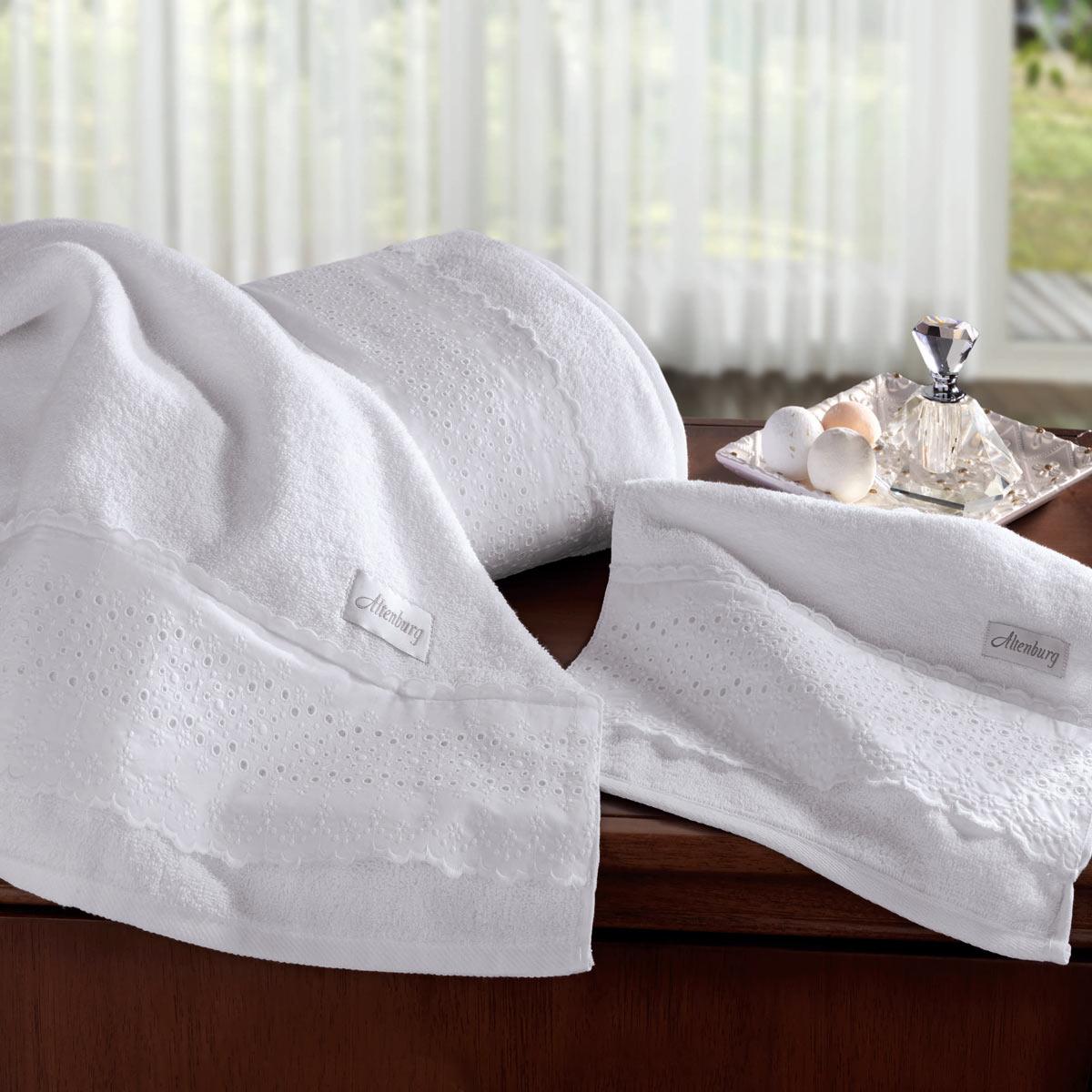 Jogo de toalha de banho Lit Blanc com renda 5 peças - Altenburg