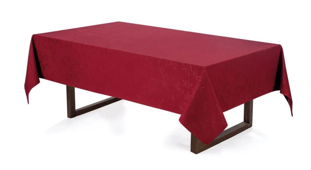 Toalha de Mesa Retangular 6 Lugares Celebration Veríssimo Vermelho Karsten
