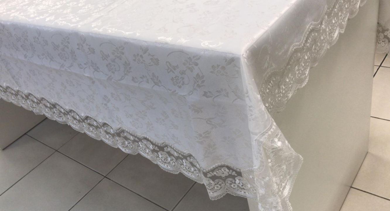 Toalha de Mesa Retangular Bordada 6 Lugares Branco Floral Multi Trade