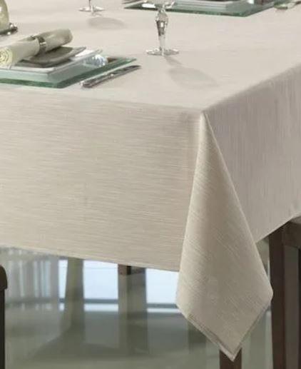 Toalha de Mesa Retangular Clean 8 lugares Passion Dohler