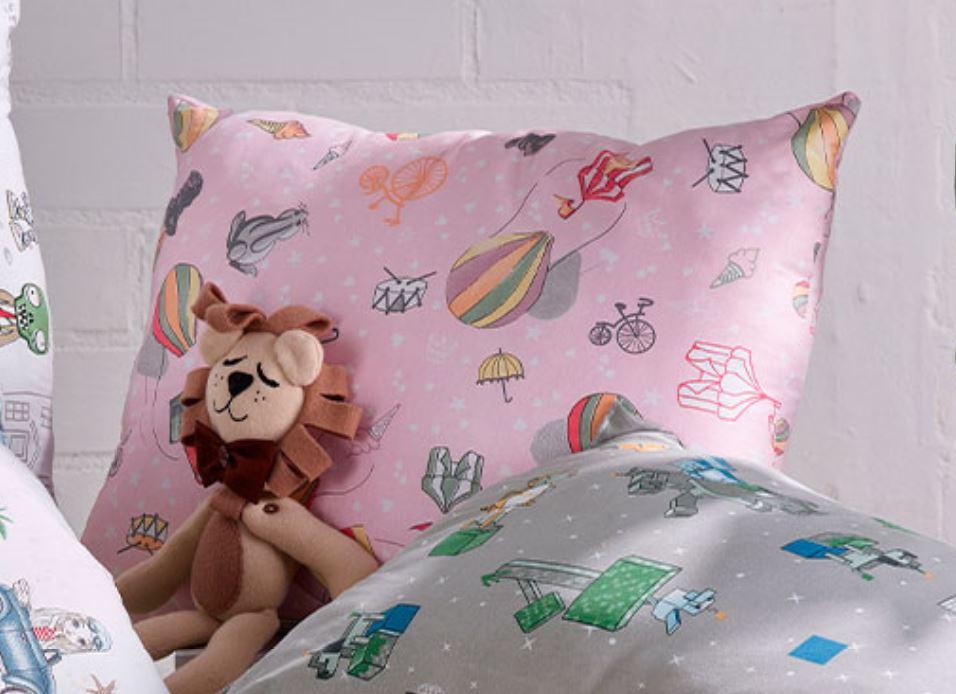 Travesseiro Mundo Kids Espetaculo Altenburg