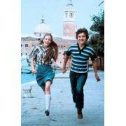 Um Pequeno Romance (1979) dublado