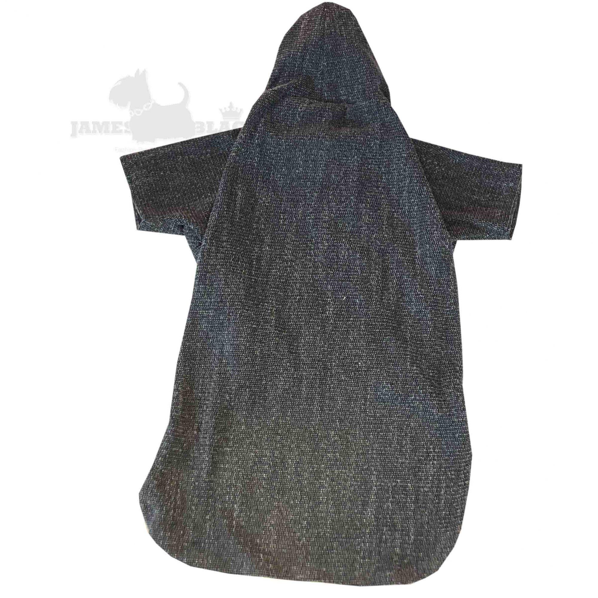 Blusa cinza com capuz e cordão
