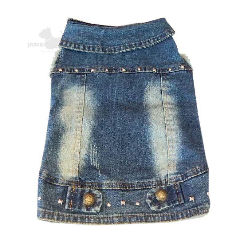 Jaqueta Jeans com lavagem manga desfiada e rebites