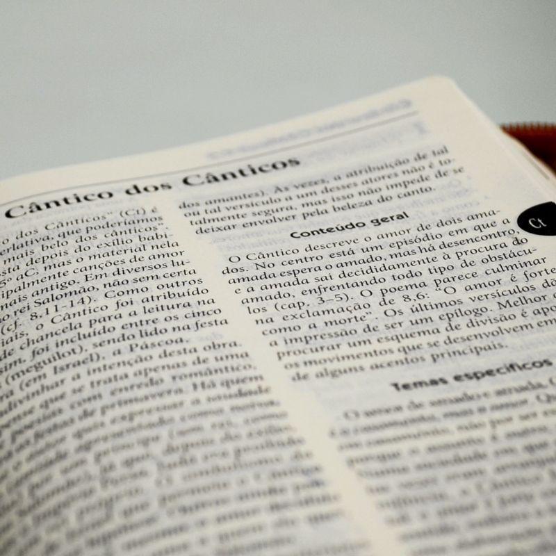 Bíblia Sagrada - Capa com Ziper  - Pastoral Familiar CNBB