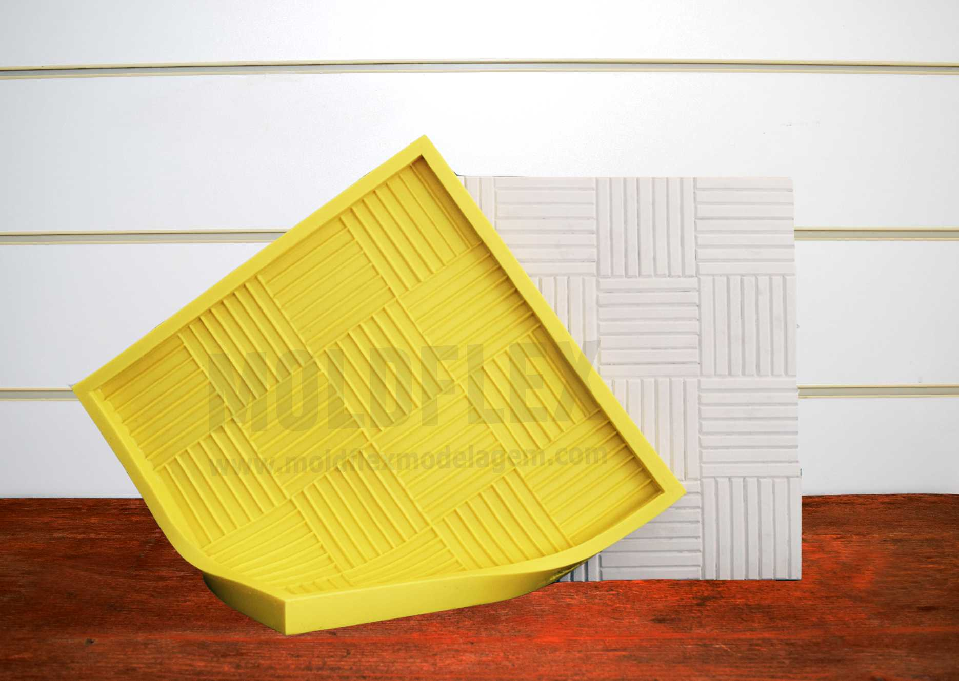 Forma Flexível - modelo Mini Deck - 40 x 40 cm