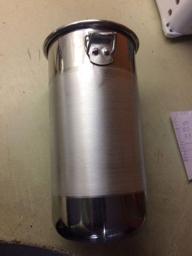 Copo Aluminio P/batedores De Milk Shake 900mls E Tampa  - controlpot Maquinas e Batedores Milk Shake