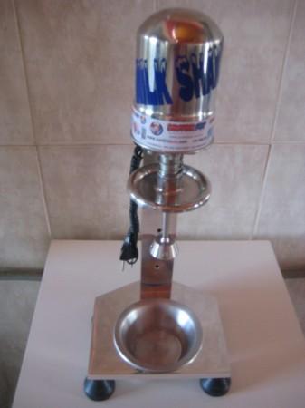 Maquina Milk Shake Profissional de Aluminio Sd 2014 De Balcão Controlpot 750 watts  - controlpot Maquinas e Batedores Milk Shake