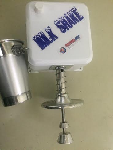 Maquina Milk Shake Industrial Cm 2014 750 Watts 18000 Rpm c/ copo PRATA OU BRANCA  - controlpot Maquinas e Batedores Milk Shake