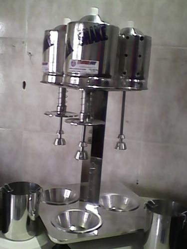 Maquina Milk Shake Profissional Sd 2014 Triplo De Balcão 750 watts  - controlpot Maquinas e Batedores Milk Shake