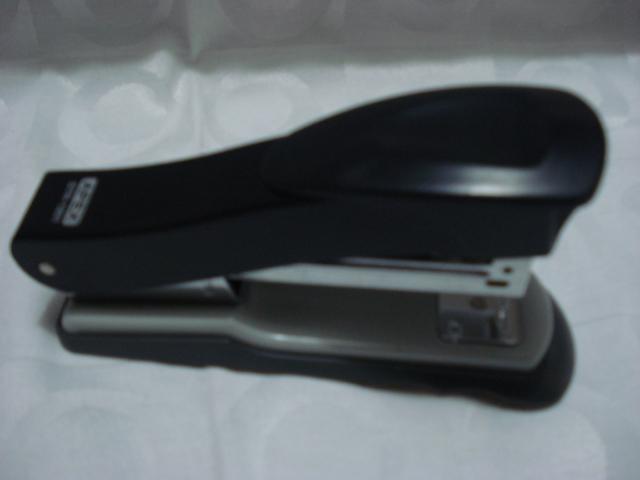 Grampeador Metal Apex Escritório Casa Escolar  - Presente Presente