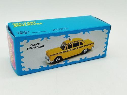 Apontador Metal Taxi Amarelo Yelow Cab Ny Retro Coleção  - Presente Presente