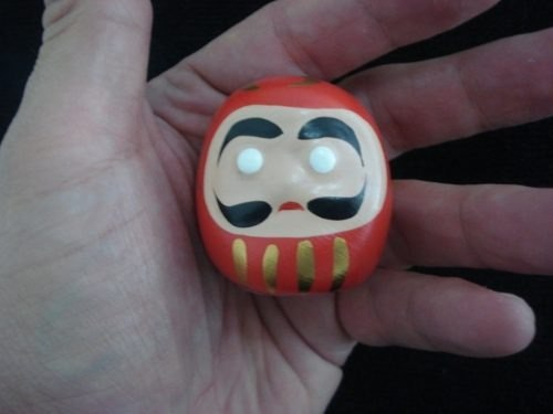 Boneco Daruma 5cm Amuleto Japones D4  - PRESENTEPRESENTE