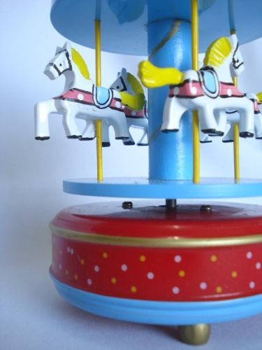 Mini Carrossel Caixinha Musical Azul/vermelho  - Presente Presente