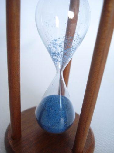 Mini Ampulheta Madeira Areia Azul Decoração Retro  - Presente Presente