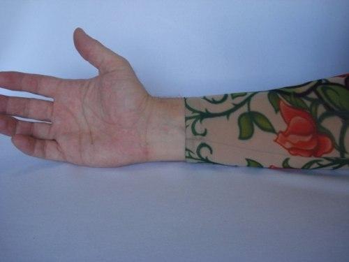 Manga Tatuada Braço Love Heart Tatuagem Spandex  - Presente Presente