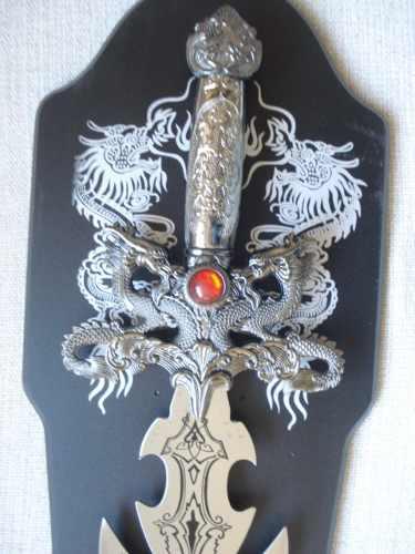 Espada Guerreiro Decorativa Ornamental 97cm Dj680  - Presente Presente