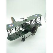 Avião De Guerra Miniatura Metal Verde 30cm