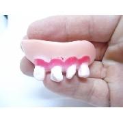 Pegadinha Dentadura Dente Quebrado Mumia Mod 08