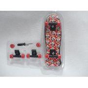Fingerboard Mini Skate Caveira Com Rodas E Ferramentas