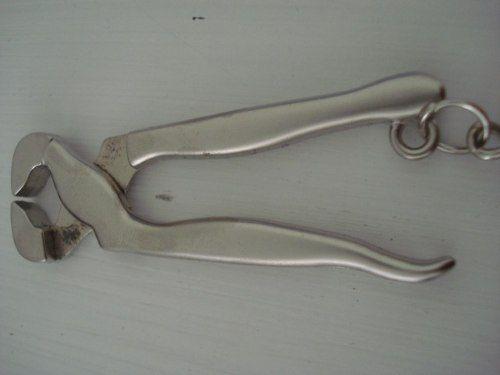 Chaveiro Alicate Ferramenta Em Metal  - Presente Presente