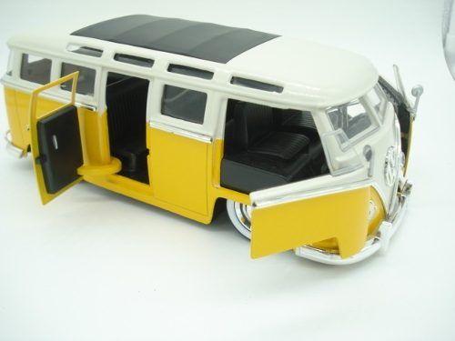 Carrinho Metal Kombi 1962 Volkswagen Big Time Bus  - Presente Presente