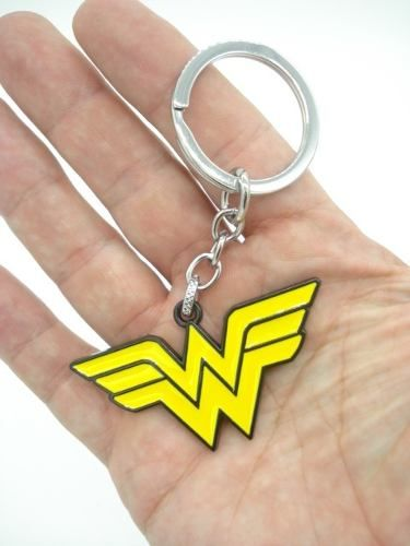 Chaveiro Mulher Maravilha Wonder Woman Em Metal  - Presente Presente