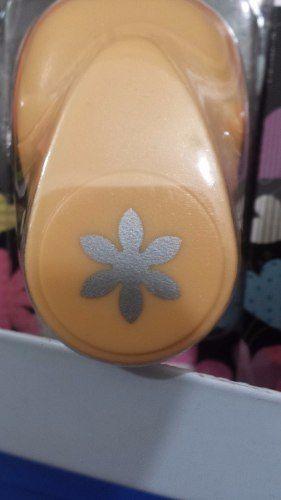 Furador Scrapbook Flor 6 Petalas Corte 1,5cm Festa Craft  - Presente Presente
