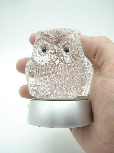 Enfeite Coruja Miniatura Vidro Base Led Decoração 9cm  - Presente Presente