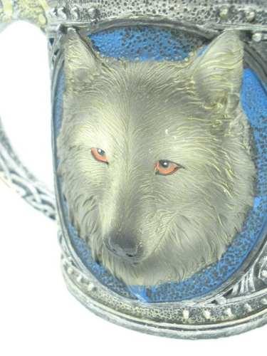 Caneca Lobo Resina Coleção Wolf Guerra Mod 2  - Presente Presente