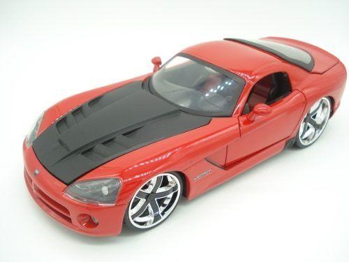 Carrinho Metal Dodge Viper 2008 Srt10 Big Time Vermelho  - Presente Presente