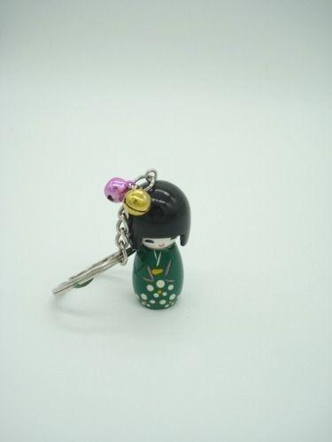 Chaveiro Kokeshi Boneca Japonesa Verde Mod2  - Presente Presente