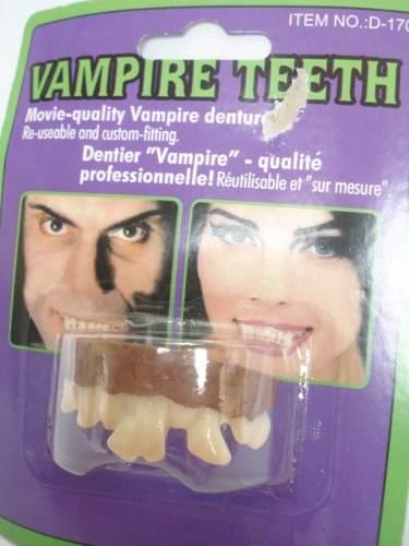 Dentes Torto Pegadinha Dentuço Haloween 0488  - Presente Presente