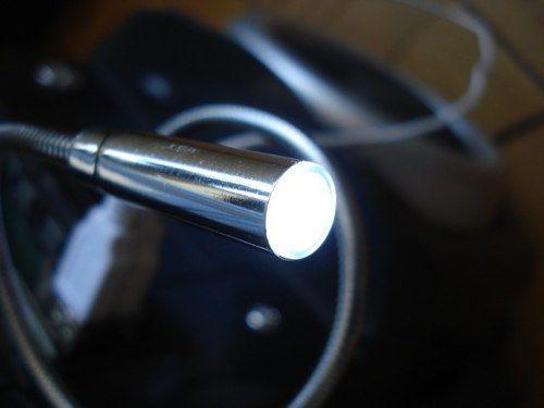 Luminaria Usb Led Articulada Para Leitura Viagens Reparos  - Presente Presente