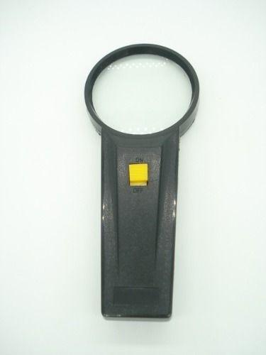 Lupa De Aumento Com Lampada Lente 65mm 3x Mg82013-1  - Presente Presente