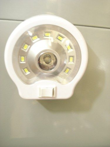 Luminária Lanterna Luz Emergência 10 Led Camping Casa Branca  - Presente Presente