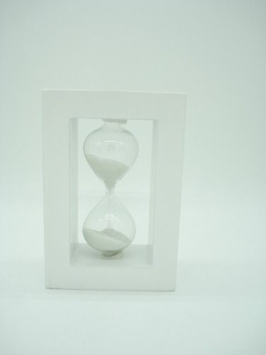 Ampulheta Base Madeira Areia Branca Relógio Decoração Bca  - Presente Presente
