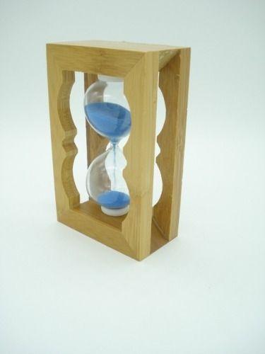 Ampulheta Em Madeira Areia Azul Relógio Decoração Md. Clara  - Presente Presente