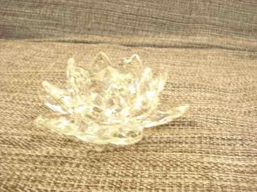 Flor De Lótus De Cristal Transparente 10cm  - Presente Presente
