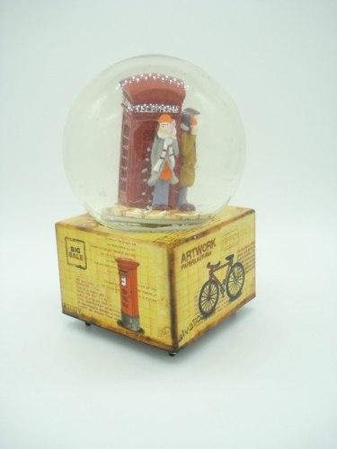 Enfeite Caixa Musical Esfera De Vidro Londres  - Presente Presente