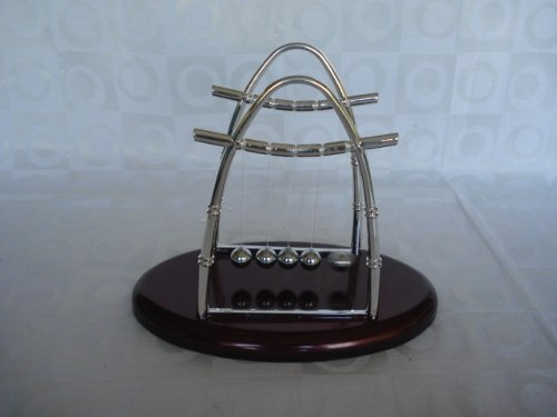 Pêndulo De Newton Extra Grande Decoração Escritório  - Presente Presente