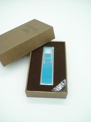 Isqueiro Luxo Recarregável Usb Elétrico Eletrônico A Claro  - Presente Presente