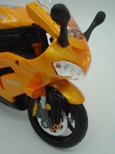 Miniatura Moto Kawasaki Ninja Zx - 10r Escala 1/12 Maisto  - Presente Presente