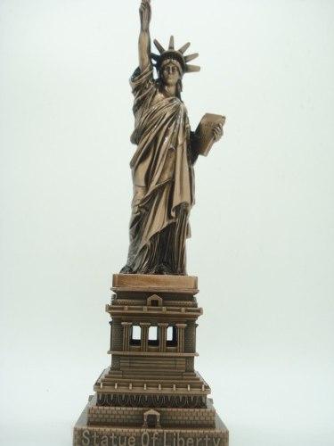 Miniatura Estatua Da Liberdade New York Metal Enfeite Luxo  - Presente Presente