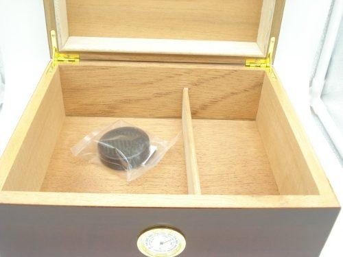Estojo Umidificador 25un Charuto Madeira Importado 22x22x11  - Presente Presente