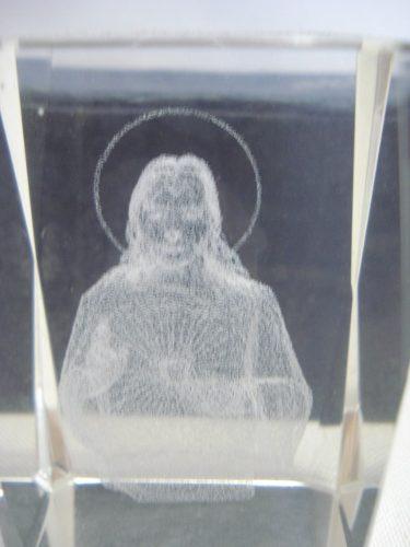 Frete Gratis Peso Papel Jesus Cristo 3d Holograma 6cm  - Presente Presente