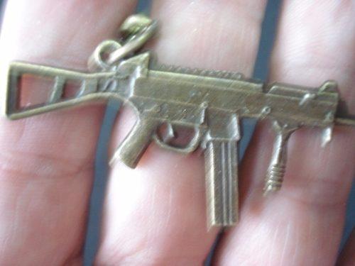 Chaveiro Mini Metralhadora Militar Vintage  - Presente Presente