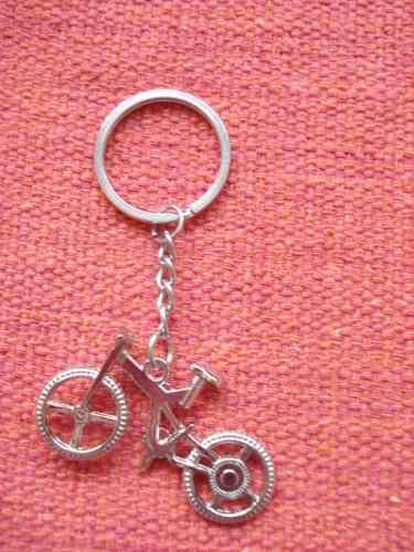 Chaveiro Bicicleta Metal Vintage Cor Prata Mini Bike Retro  - Presente Presente